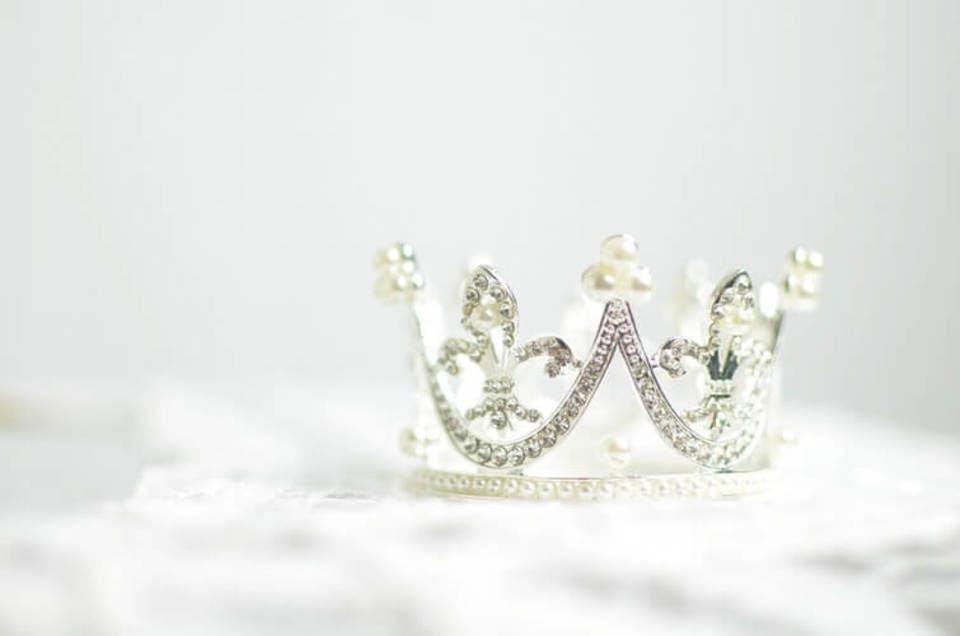 パール王冠とシルク