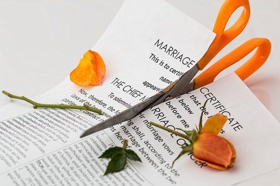 再婚禁止期間に関する書類