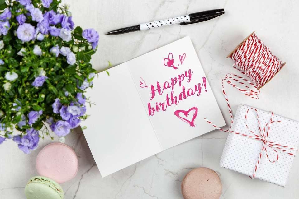 きれいな手作り誕生日カード