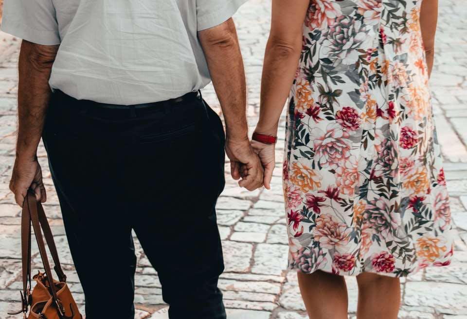 仲の良い子なし夫婦の老後