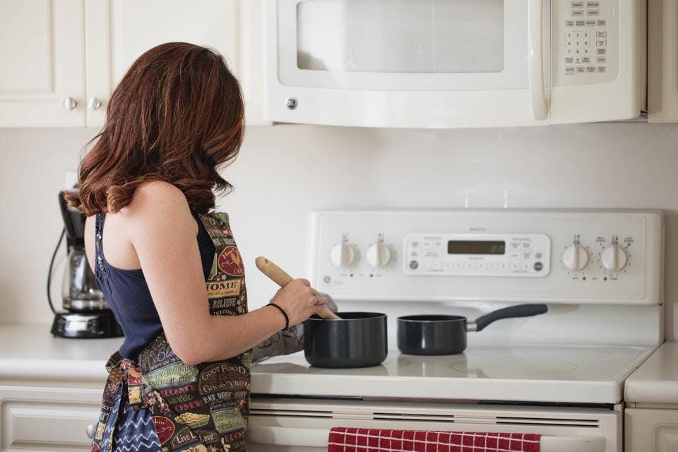料理する子なし専業主婦