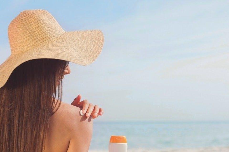 肌に優しい日焼け止め20選|ノンケミカル&石鹸で落ちるタイプも