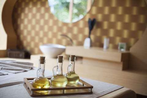 Medium design glass items indoors inside 433626