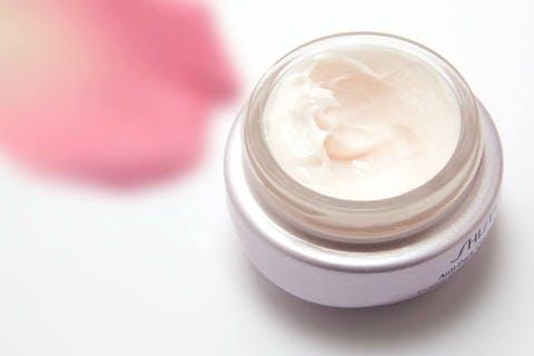 Medium cream 194116 1920