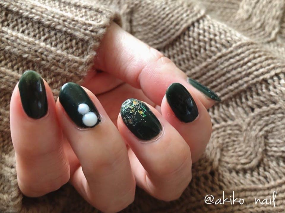 シンプルグリーンネイル