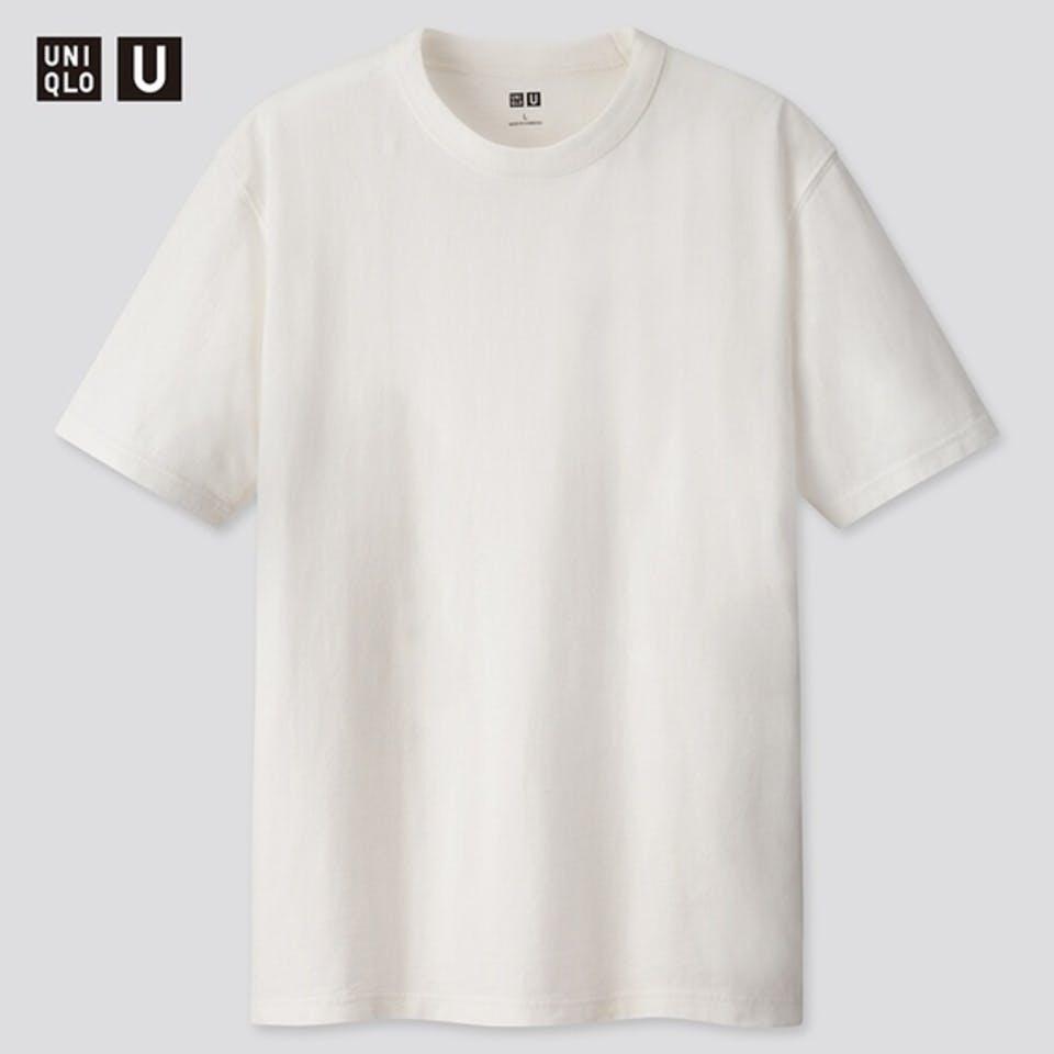 ユニクロの白Tシャツ