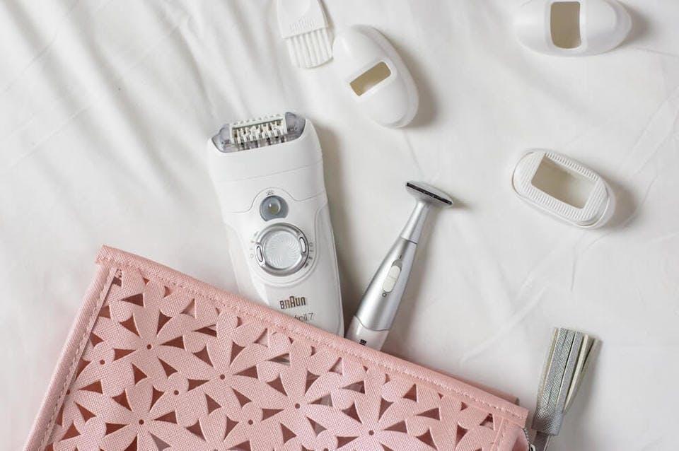 顔の産毛を剃るアイテム