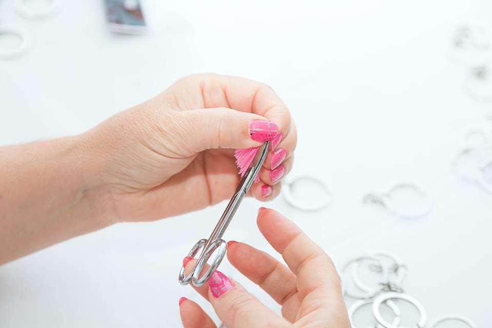 ジェルネイルを爪切りで切りたい!爪を切る手順4ステップとリスクを知ろう