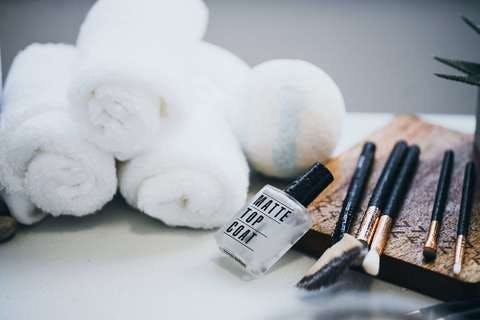 Medium spa nail polish and brushes  1