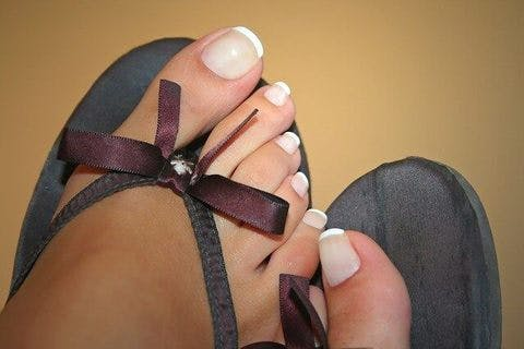 Medium toe nails 1564964 640  1