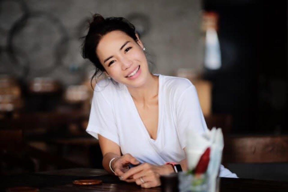 来るもの拒まず去るもの追わずで笑顔が素敵な女性